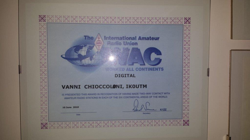 Award WAC DIGITAL.jpg